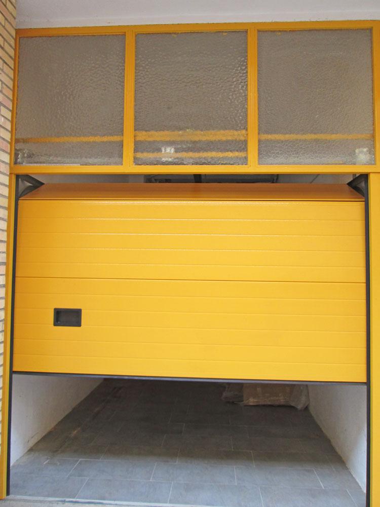 Puertas industriales y de garaje seccionales